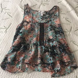 Floral flowy tank! Like new!